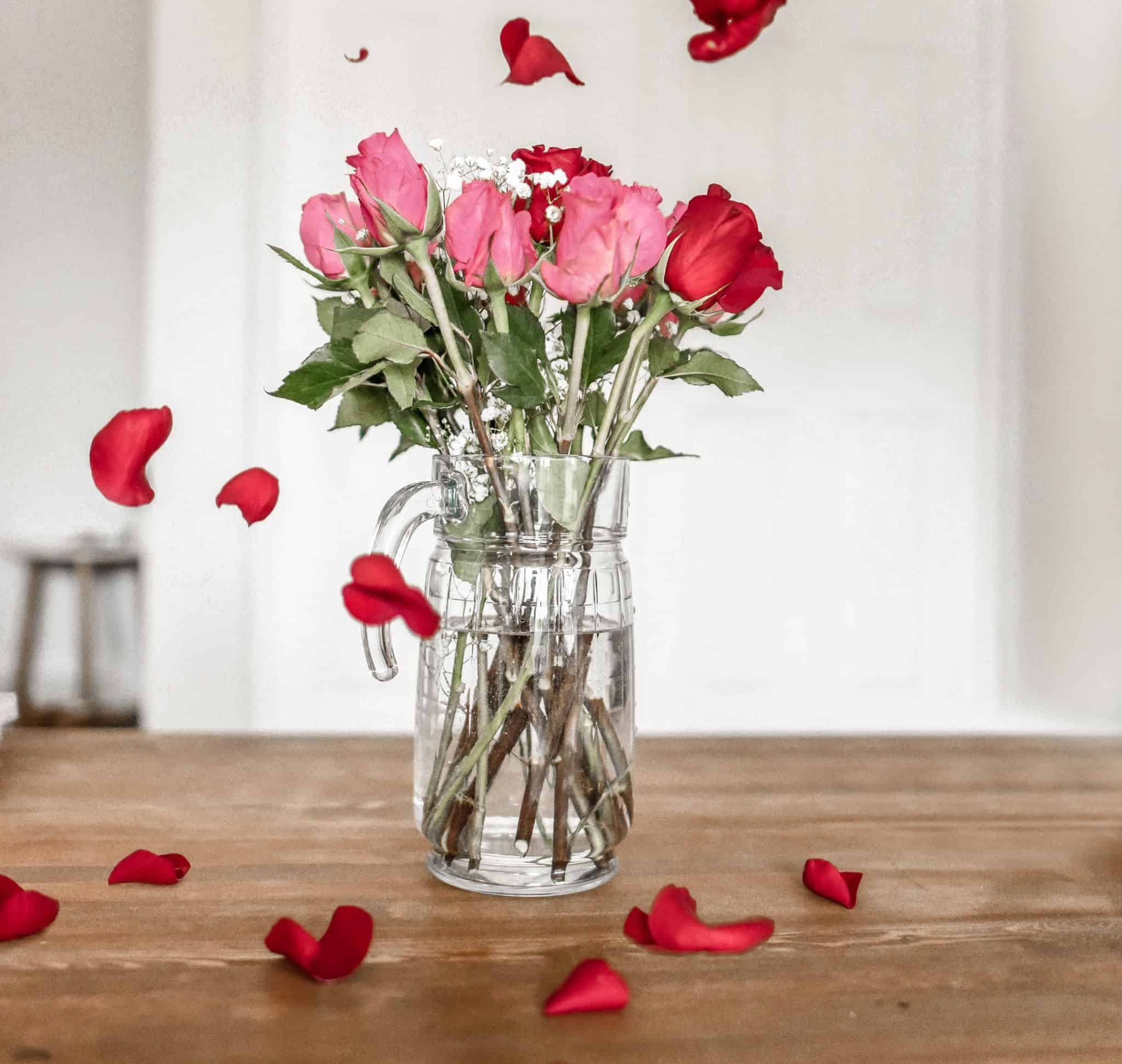 valentine's day ideas for college students - roses and flowers