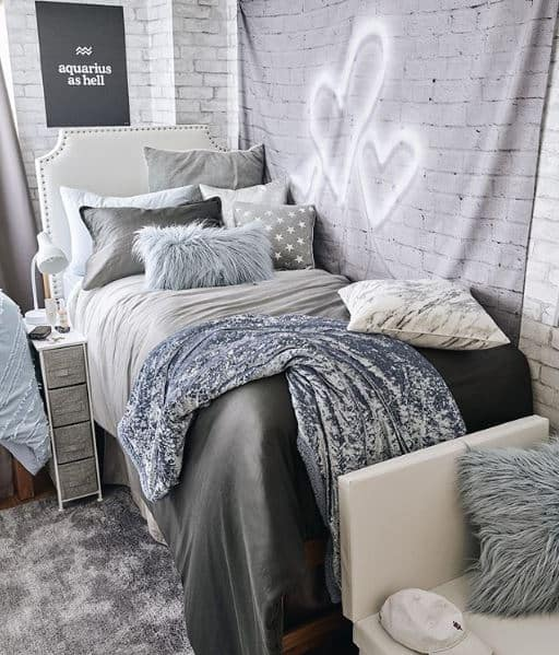 dorm room ideas - cool theme