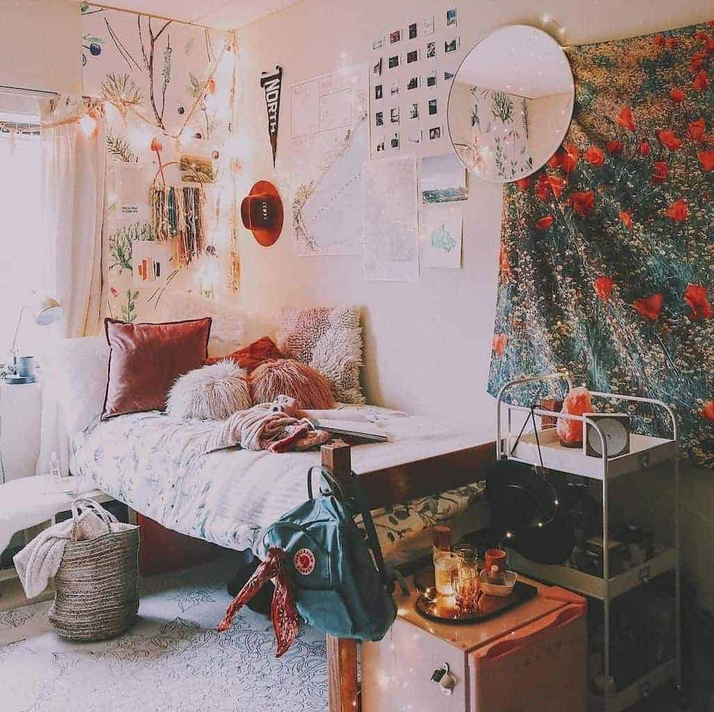 boho dorm room wall decor