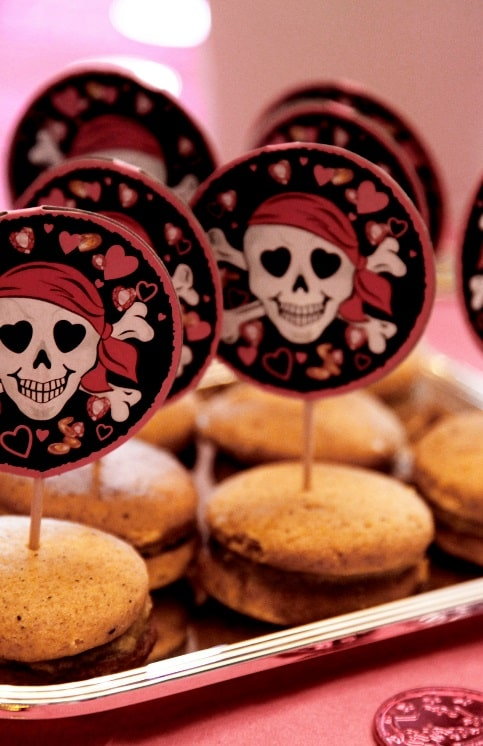 A plate of pirate-themed cookies to match a bake-me-a-pirate's-treasure costume.