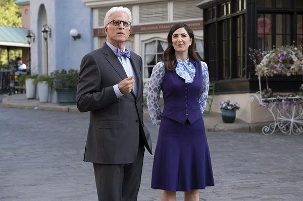 Janet with Michael from a scene in The Good Place Season 2.