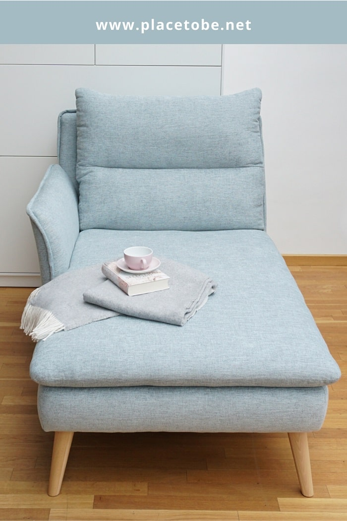 A mini chaise lounge from PLACE TO BE.